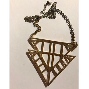Jewelry - Gorgeous Geometric Patterned Necklace